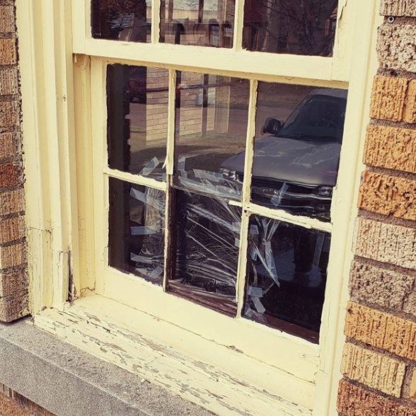 Replace Glass in Wood Windows